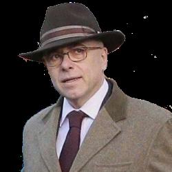Le chapeau, signe extérieur de socialisme